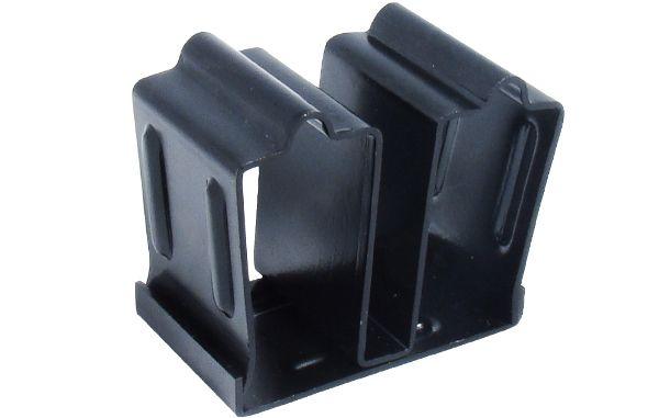 UTG Stahlfedergespannte Doppelmagazin Klammer für AK47-Modelle